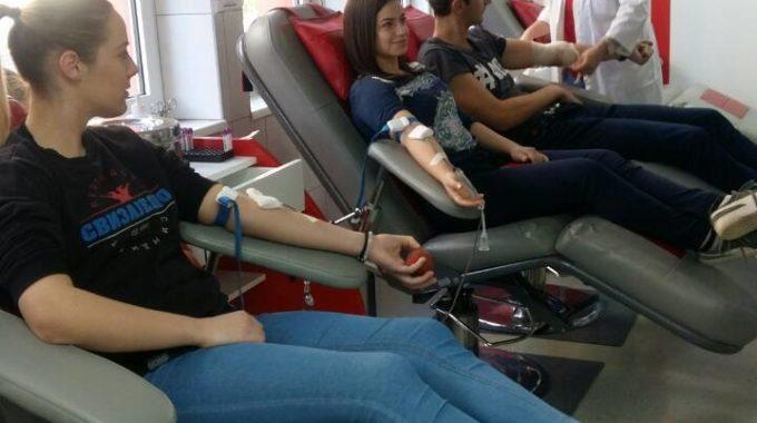 Студенти посјетили ЈЗУ Завод за трансфузијску медицину РС