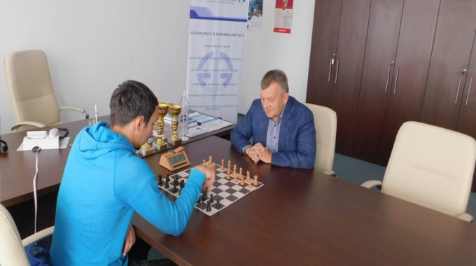 Почела са радом шаховска секција Факултета