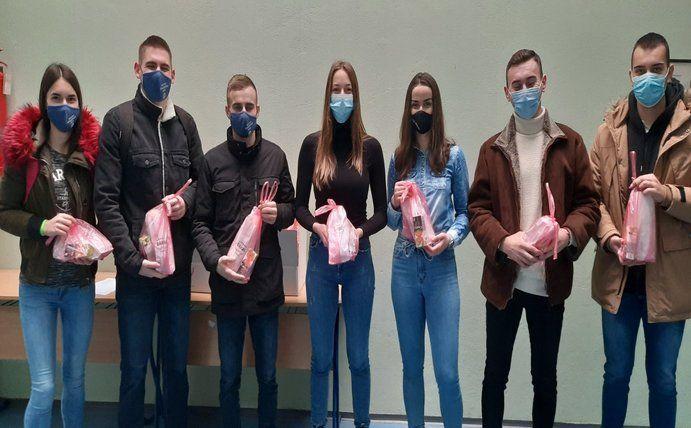 Студенти Факултета добровољно даривали крв