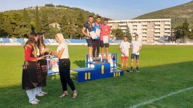 Svesrpski Atletski Kup Okupio 100 Takmičara – Alesandro Manojlović Osvojio Srebro U Trci Na 110 M Prepone